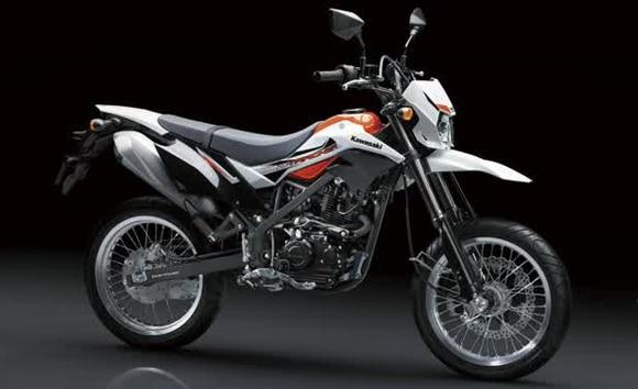 Kawasaki D-Tracker 150 2016 (8)
