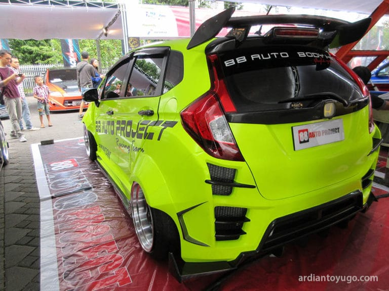 modifikasi-honda-jazz-3